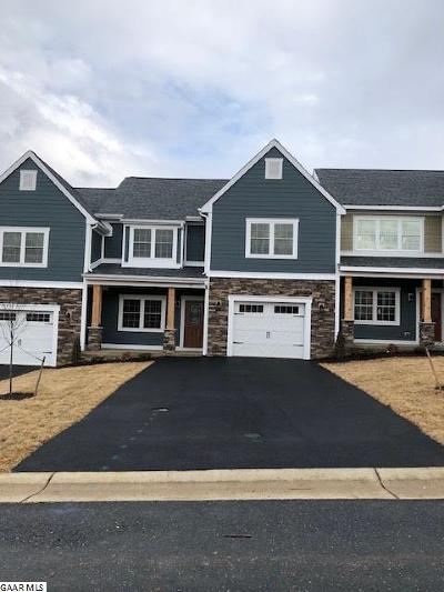 Staunton Townhome For Sale: 22 Spring View Dr