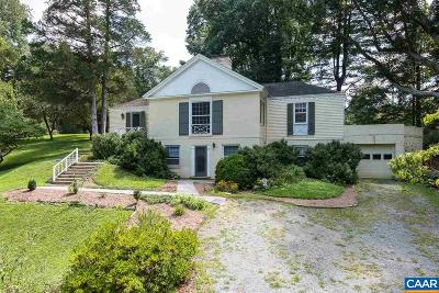 Albemarle County Single Family Home For Sale: 10 Deer Path