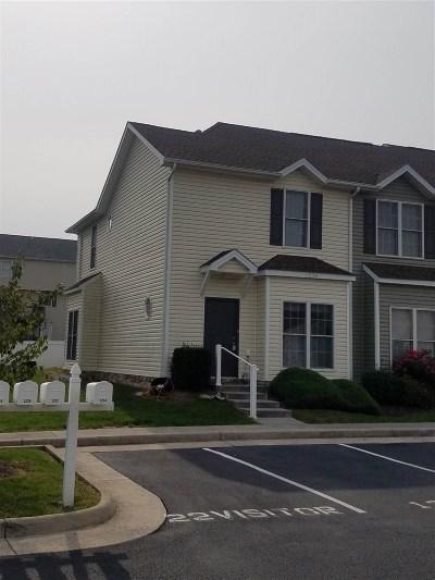 Harrisonburg Townhome For Sale: 1232 Settlers Ln