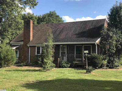 Deerfield Single Family Home For Sale