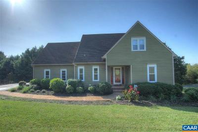 Charlottesville Single Family Home For Sale: 4865 Mechums River Rd