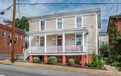 Staunton Single Family Home For Sale: 309 W Beverley St