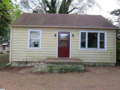 Waynesboro Single Family Home For Sale: 49 New Hope And Crimora Rd