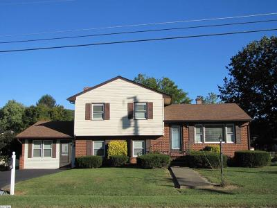 Augusta County Single Family Home For Sale: 96 Featherstone Dr