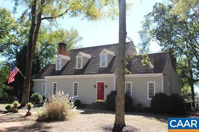 Goochland Single Family Home For Sale: 5893 River Rd W