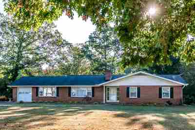 Elkton Single Family Home For Sale: 8329 South East Side Hwy