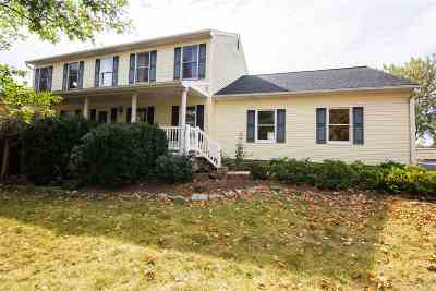 Broadway Single Family Home For Sale: 408 Mundy Ct
