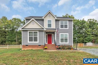 Louisa County Single Family Home For Sale: 80 Bays Farm Dr