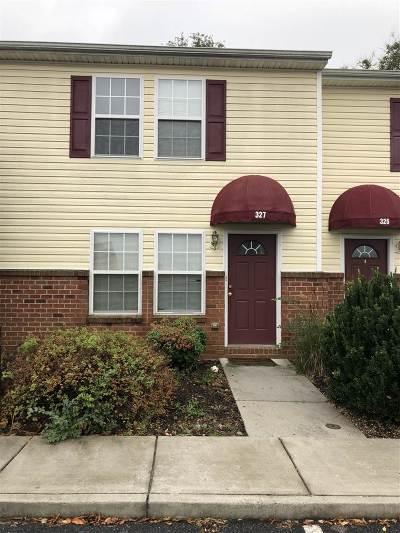 Harrisonburg, Mcgaheysville, Elkton, Bridgewater, Broadway Townhome For Sale: 327 Emerson Ln