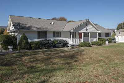 Shenandoah County Single Family Home For Sale: 104 J St