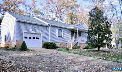 Lake Monticello Single Family Home For Sale: 361 Jefferson Dr