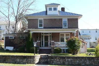 Staunton VA Single Family Home For Sale: $223,900