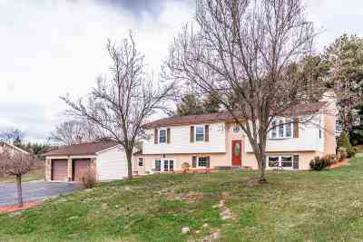 Rockingham County Single Family Home For Sale: 111 Clover Ln