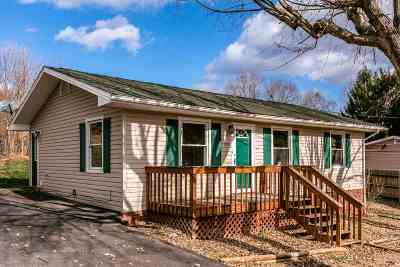 Rockingham County Single Family Home For Sale: 125 Bellevue St