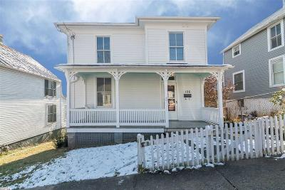 Single Family Home For Sale: 106 E Hampton St