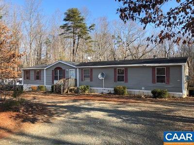 Louisa Single Family Home For Sale: 1300 Lakeside Dr
