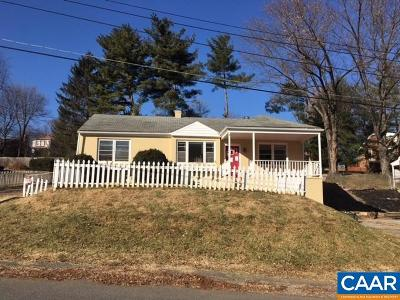 Augusta County Single Family Home For Sale: 404 Parkwood Ln