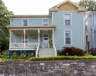 Staunton Single Family Home For Sale: 315 Winthrop St