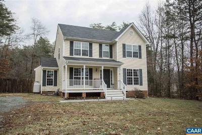 Louisa County Single Family Home For Sale: 327 Roni Ln