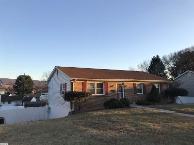Waynesboro County Single Family Home For Sale: 320 Spruce St