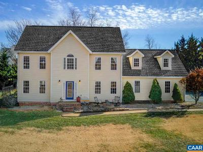 Charlottesville Single Family Home For Sale: 330 Windy Knoll Ln