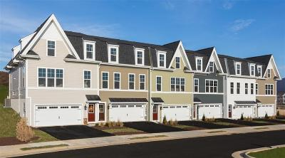 Rockingham County Townhome For Sale: 30e Marion Sq