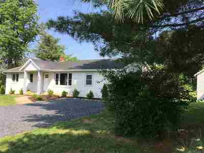 Single Family Home For Sale: 818 Woods Rd