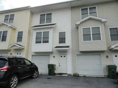 Harrisonburg County Townhome For Sale: 2316 Kendall Ln