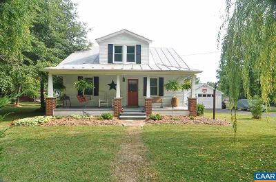 Augusta County Single Family Home For Sale: 2268 Lyndhurst Rd