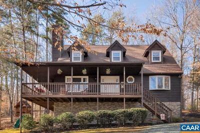 Palmyra Single Family Home For Sale: 30 East Point Rd