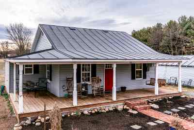 Single Family Home For Sale: 960 Piney Woods Rd