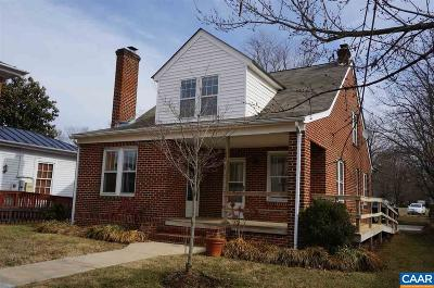 Single Family Home For Sale: 202 N Main St