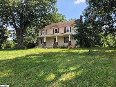 Augusta County Farm For Sale: 4002 Little Calf Pasture Hwy