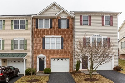 Townhome For Sale: 2906 Crystal Spring Ln