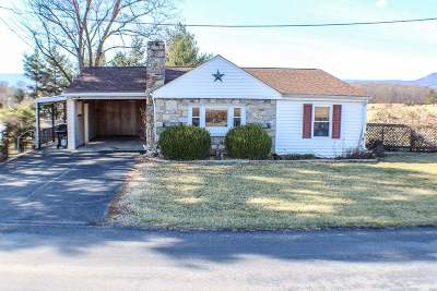 Single Family Home For Sale: 437 Whispering Hill Rd