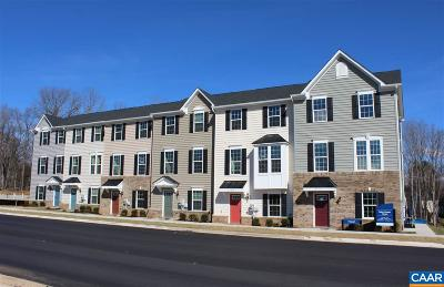 Townhome For Sale: 104a Sunset Avenue Ext