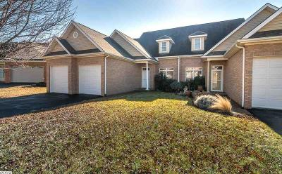 Rockingham County Townhome For Sale: 140 Chelsea Cir
