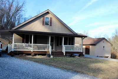 Rockingham County Single Family Home For Sale: 489 Slate Valley Ln