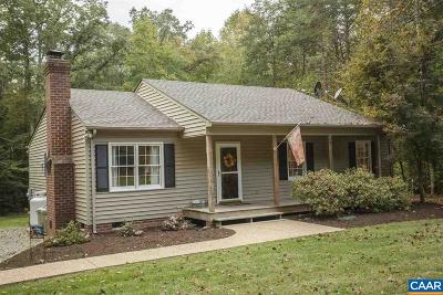 Louisa County Single Family Home For Sale: 3685 Crewsville Rd