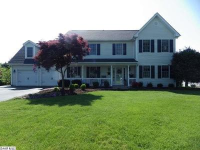 Fishersville Single Family Home For Sale: 21 Lambeth Ct