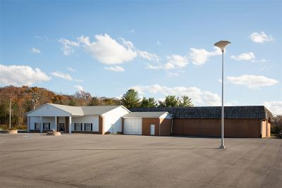 Commercial For Sale: 2039 Us Hwy 211 W