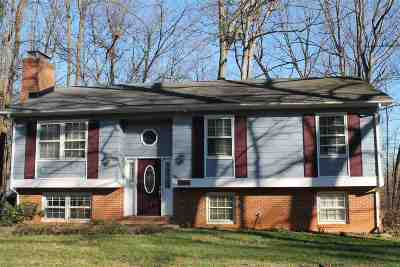 Charlottesville Single Family Home For Sale: 1321 Oak Tree Ln