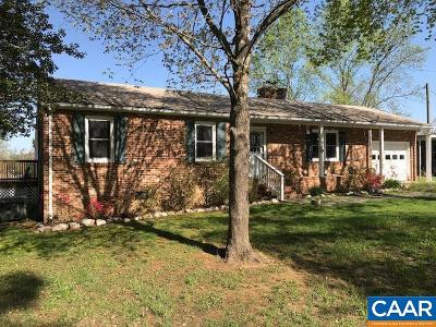 Buckingham County Single Family Home For Sale: 2281 Hundley Branch Rd
