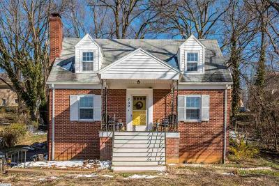 Staunton Single Family Home For Sale: 739 Donaghe St
