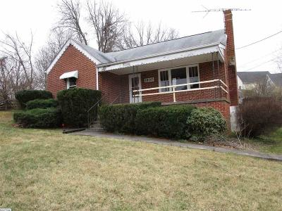 Staunton Single Family Home For Sale: 1800 Churchville Ave