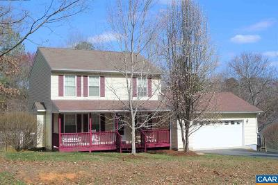 Palmyra Single Family Home For Sale: 22 Lafayette Dr
