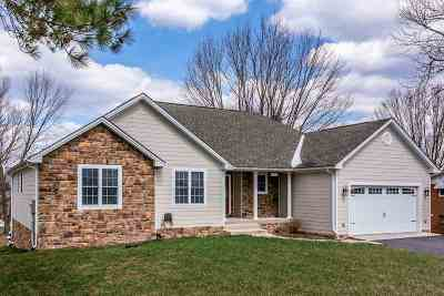 Single Family Home For Sale: 26 Woodland Park Dr
