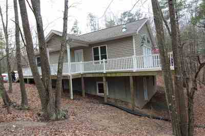 Shenandoah County Single Family Home For Sale: 425 Dale Dr