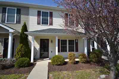 Harrisonburg Townhome For Sale: 1084 Cherrybrook Dr