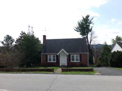 Waynesboro Single Family Home For Sale: 744 Pine Ave